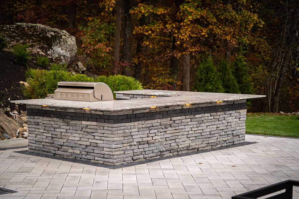 001-Hardscaping-Photos-by-Dube