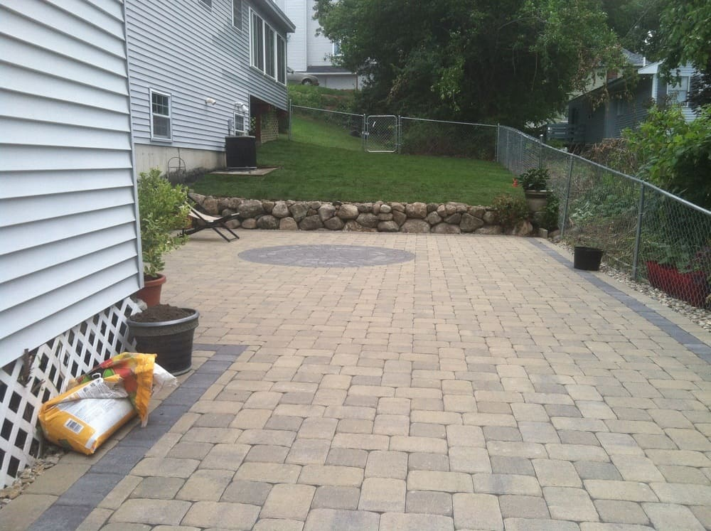 086-Hardscaping-Photos-by-Dube
